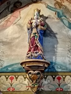 Fresque intérieure de l'église de Courcy-aux-loges